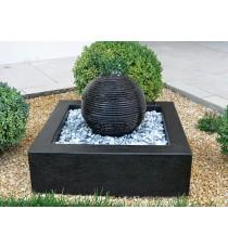 Giardini d' acqua sfera saturno nera
