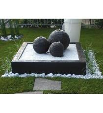 Giardini d' acqua sfere nettuno nere